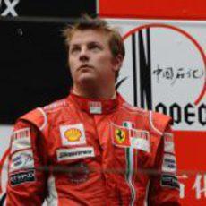 Räikkönen en lo más bajo del podio en China 2008