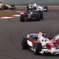 Trulli seguido de Coulthard