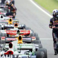 Coulthard acaba su penútima carrera