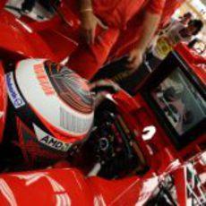 Raikkonen atento a los tiempos de Massa