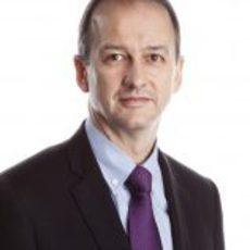 Jonathan Neale, director general de McLaren en 2012