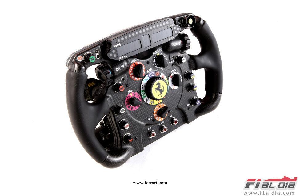 Presentación equipos F1 2012 12077_volante-del-ferrari-f2012