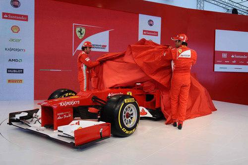 Fernando Alonso y Felipe Massa descubren en F2012
