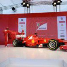 Descubierto el Ferrari F2012 en Maranello