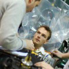 Giedo van der Garde se hace el asiento en Caterham