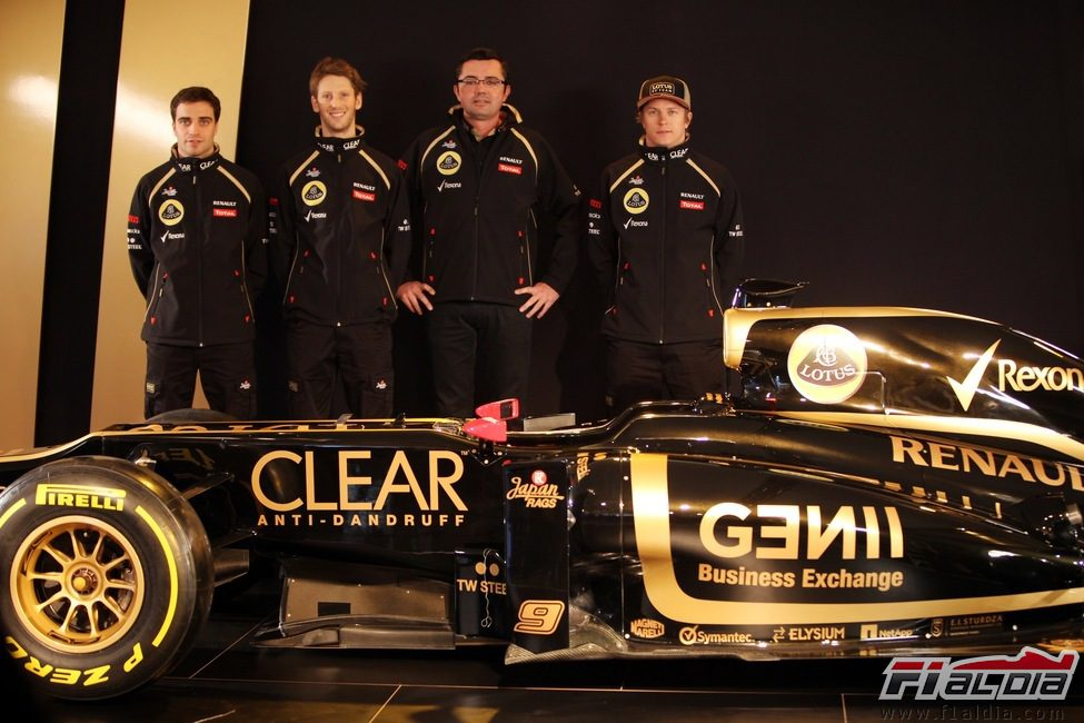Presentación equipos F1 2012 12155_kimi-raikkonen-romain-grosjean-jerome-dambrosio-y-eric-boullier