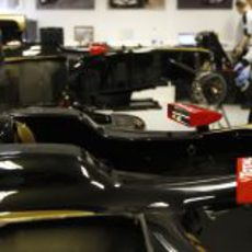 Los Lotus E20 en la fábrica de Enstone