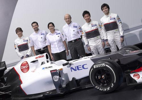 Pilotos, jefes de equipo y el Sauber C31