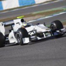 Pedro de la Rosa rueda con el HRT en Jerez