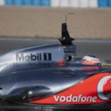 Escapes del McLaren MP4-27 en Jerez