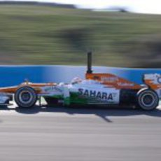 Paul di Resta en el Force India en Jerez