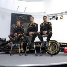 Los pilotos de Renault hablan con la prensa en Jerez