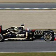 Räikkönen inicia la pretemporada para Lotus