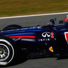 Mark Webber rueda con el Red Bull en Jerez