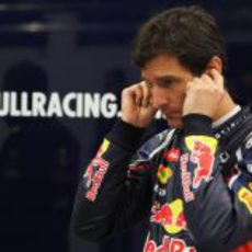 Mark Webber en su box de Jerez