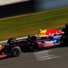 Webber a toda velocidad con el RB8