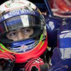 Ricciardo sentado en el Toro Rosso en Jerez