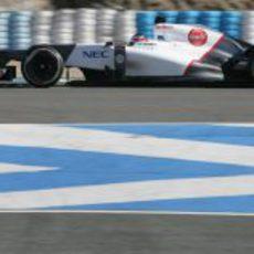 Kobayashi rueda con el Sauber C31 en Jerez