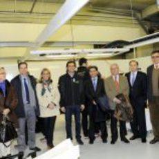 Visita de la alcaldesa de Jerez al box de HRT