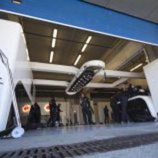 El box de McLaren en Jerez