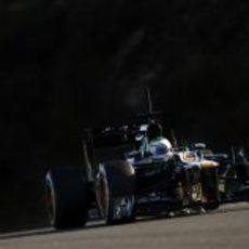 Kovalainen rueda por segundo día en Jerez