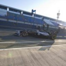 Bruno Senna sale a la pista de Jerez con el Williams