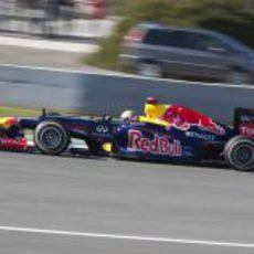 Sebastian Vettel se estrena con el Red Bull RB8 en Jerez