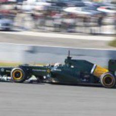Giedo van der Garde al volante del Caterham en Jerez