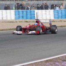 Alonso con el F2012 en Jerez