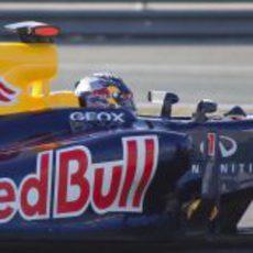 Detalle de Vettel en el Red Bull RB8