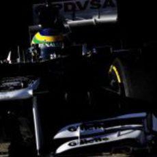 Imponente imagen de Bruno Senna en el Williams