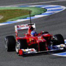 Alonso pilotando el Ferrari F2012