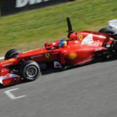Fernando Alonso a toda velocidad en el Ferrari F2012