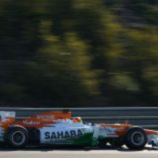 Nico Hülkenberg sobre el asfalto de Jerez