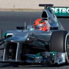 El morro del Mercedes W03 visto de cerca