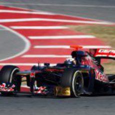 Daniel Ricciardo en el Toro Rosso en Barcelona