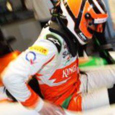 Nico Hülkenberg se sienta en el Force India