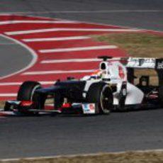 Sergio Pérez con el Sauber en Barcelona