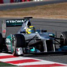 Nico Rosberg en pista con el Mercedes W03