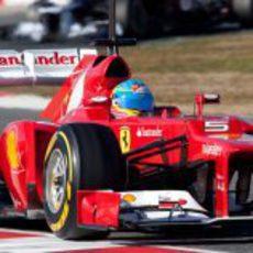 Alonso en el F2012 en los test de 2012