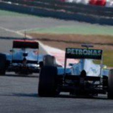 Hamilton y Rosberg en los test de Barcelona