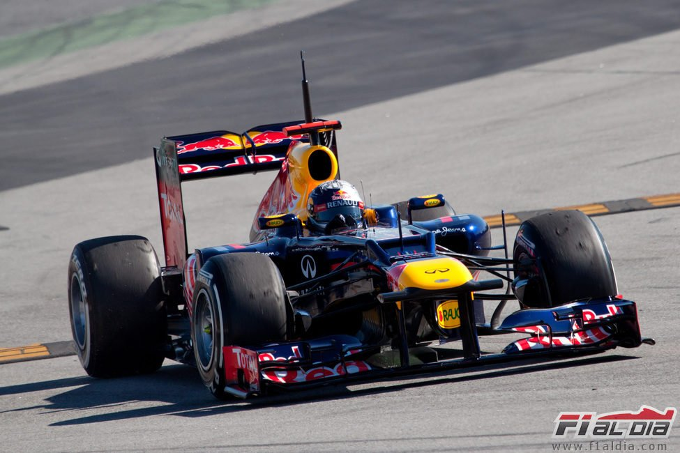 Vettel en los test con el Red Bull RB8