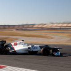 Sergio Pérez con el Sauber en los test de Barcelona
