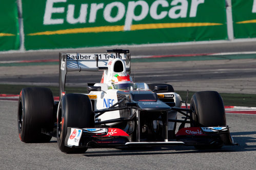 Pérez a los mandos del Sauber C31 en Barcelona