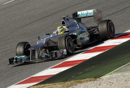 Nico Rosberg con el Mercedes en Barcelona