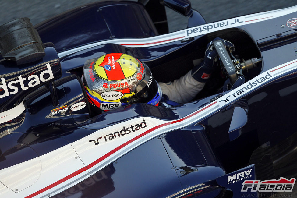 Pastor Maldonado a los mandos del Williams FW34