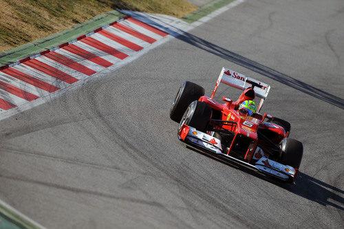 Felipe Massa en los test de Montmeló