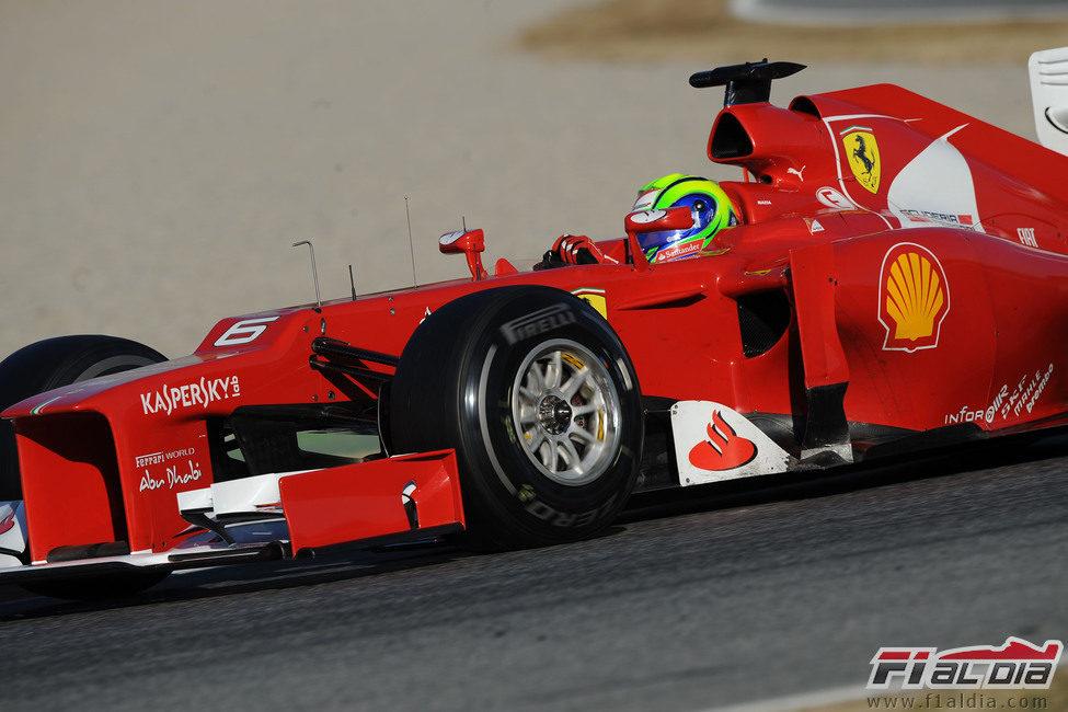 Massa rueda en Barcelona con el F2012