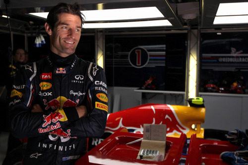 Mark Webber en su box de Montmeló