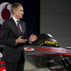 Martin Whitmarsh en la presentación del MP4-27